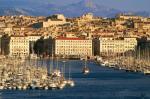 La città di Marsiglia vista dal porto